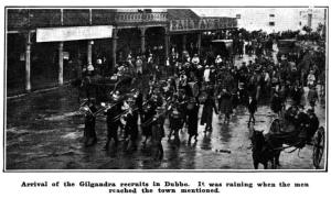 Coo-ees in parade in front of the Royal Hotel, Talbragar Street, Dubbo, 13th October 1915 (Town & Country Journal 20/10/21915)