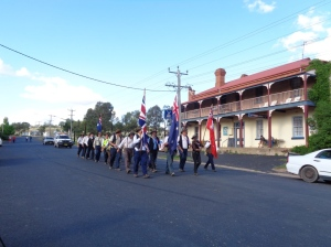 Marchers arrive at Stuart Town 23/10/2015
