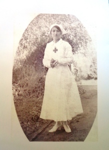Photograph of Miss Phoebe Lyons ca. 1915 who served cakes to the Coo-ees at Euchareena in 1915, and as a 90 year old served cakes to the marchers in the 1987 Coo-ee March Re-enactment (Photograph courtesy Mrs J. Noble)