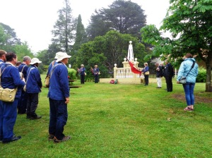Laying the wreath at the Mt Victoria War Memorial 4/11/2015
